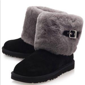 Black Ellee Ankle Boots
